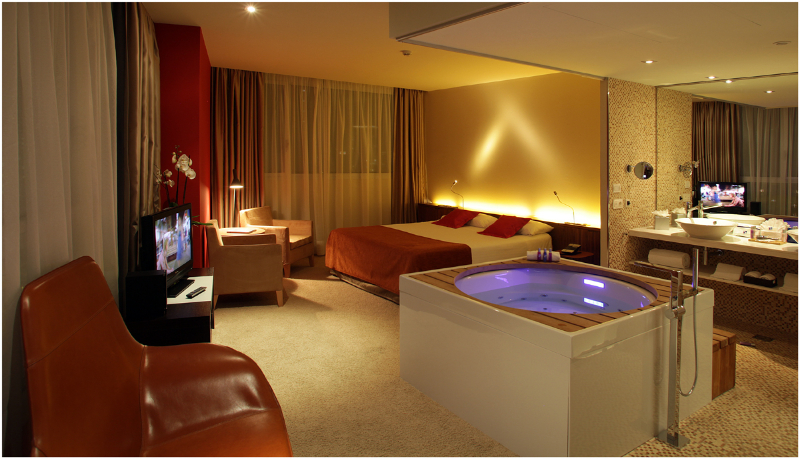 Double deluxe sea view hotel diagonal zero barcelona for Chambre avec jacuzzi barcelone